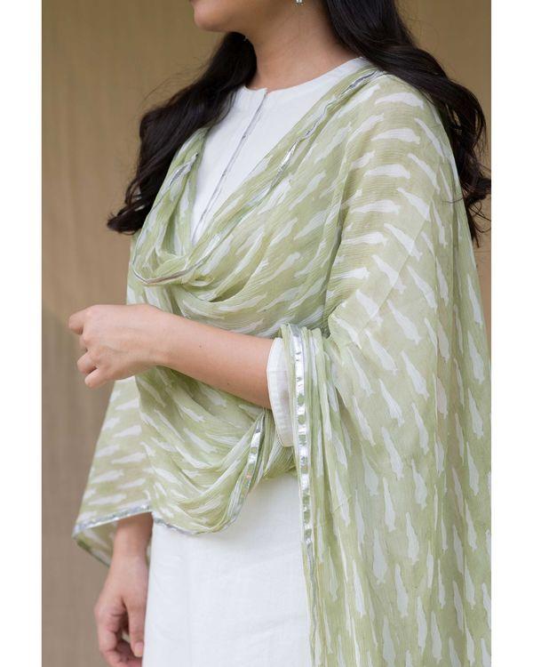 White cotton kurta with gota palazzo and olive green dupatta - Set Of Three 1