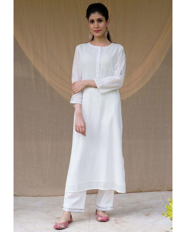 White embroidered kurta and gota pants - Set Of Two 2