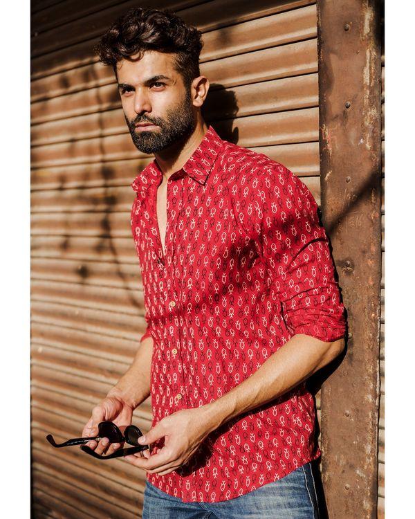 Red fish printed shirt 1
