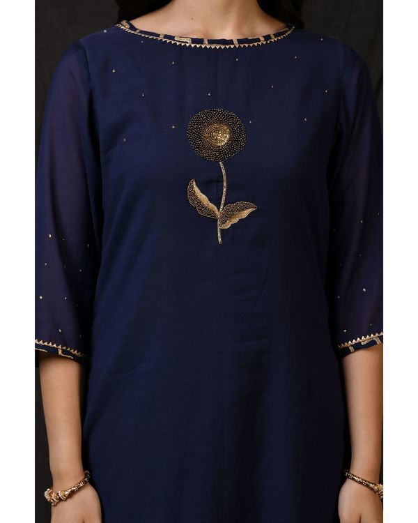 Blue floral embroidered sushi voile kurta 1