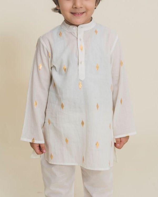 White printed full sleeves kurta 1