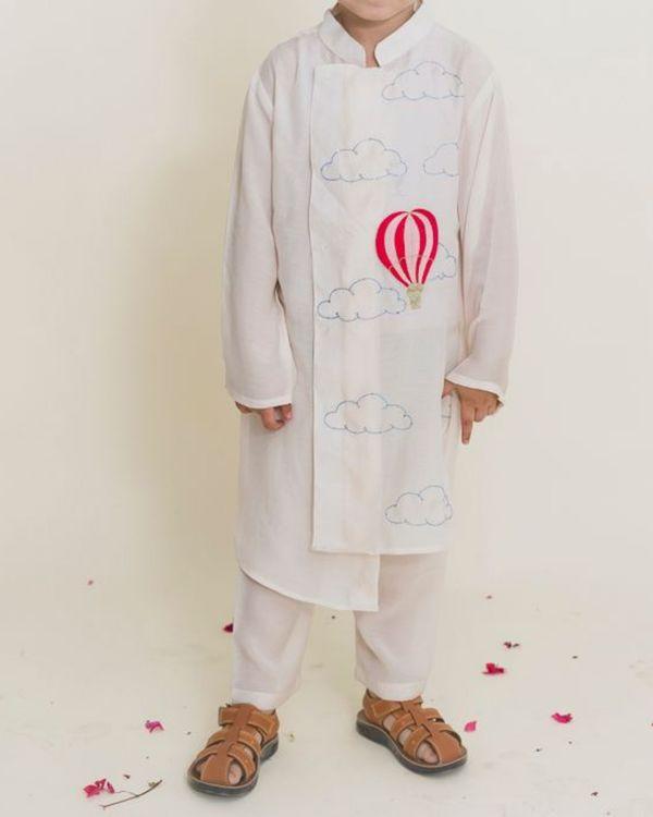 White balloon kurta with pants - Set of Two 1