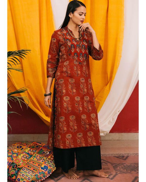 Red ajrakh boota kurta with yoke detailing and black palazzos - set of 2 2