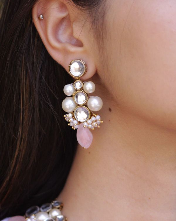 Kundan and pearl beaded earrings 1