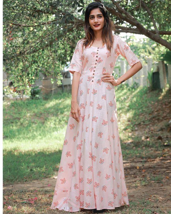 Peach magic dress 1