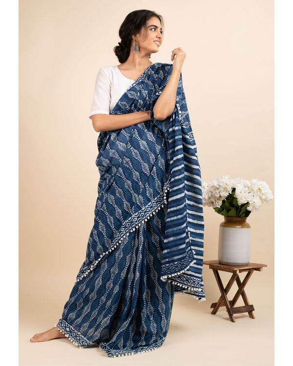 Indigo skies sari with attached blouse piece 2