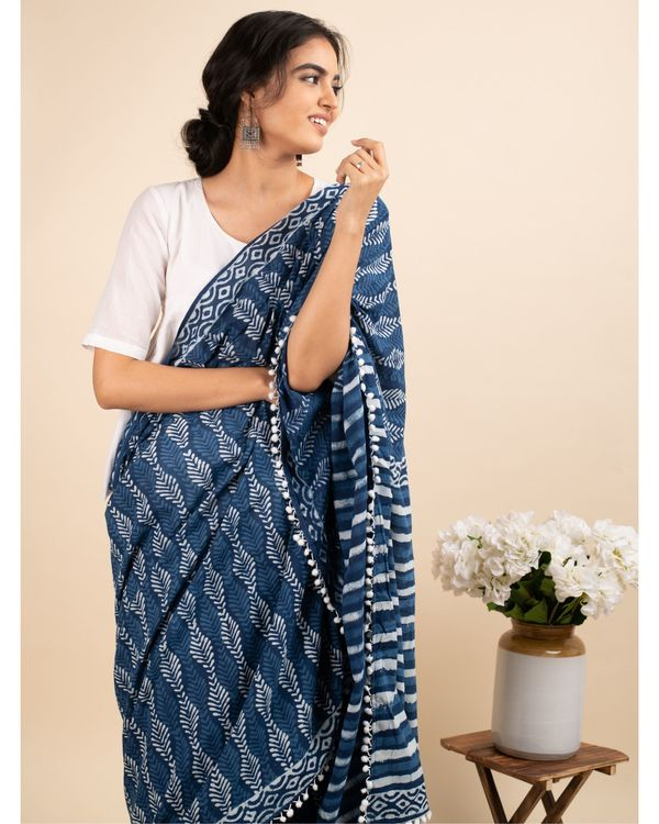Indigo skies sari with attached blouse piece 1
