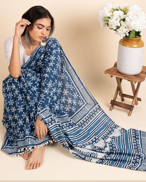 Indigo cotton lace sari with attached blouse piece 2