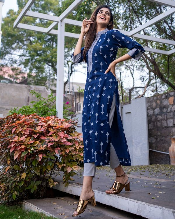 Navy arrow kurta 3