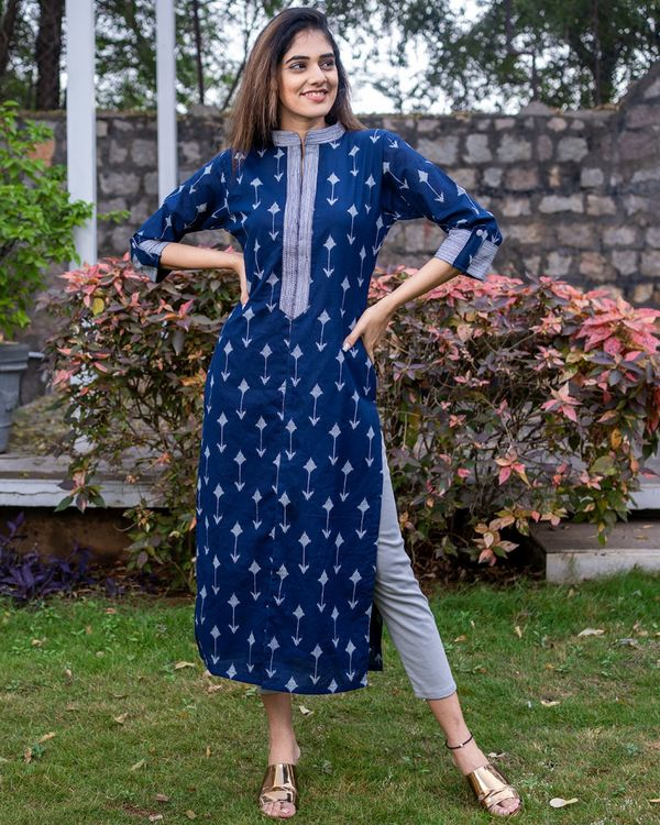 Navy arrow kurta 2