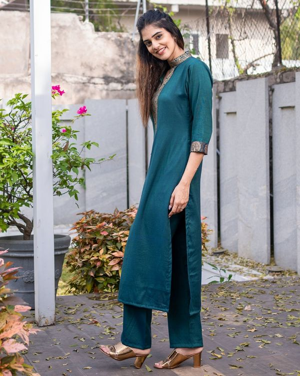 Teal green kurta set - set of two 3