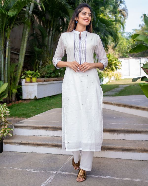 White and blue mirror work kurta with dupatta - set of two 2