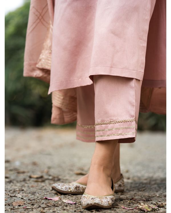 Earthy pink gota work suit set with dupatta - set of three 4