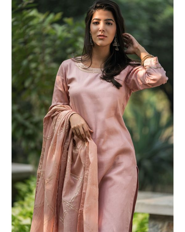 Earthy pink gota work suit set with dupatta - set of three 1