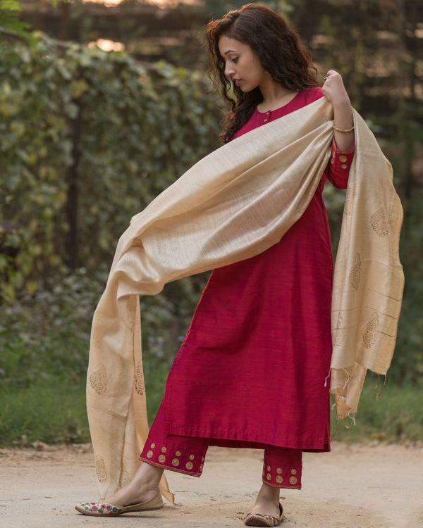 Magenta cotton silk suit set with beige moga silk dupatta - set of three 2