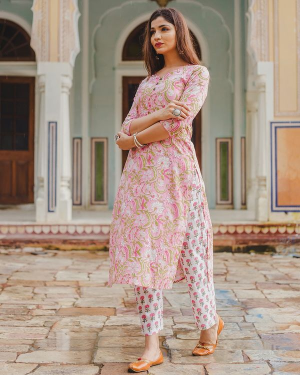 Pink floral mughal print set - set of two 2