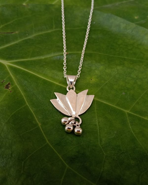Lotus necklace with ball drops 1