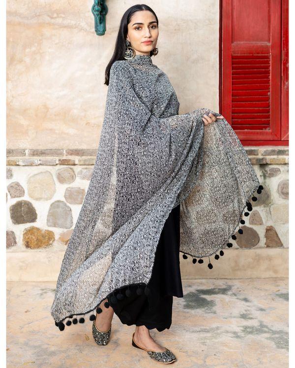 Black solid cotton suit with lurex dupatta - set of three 2