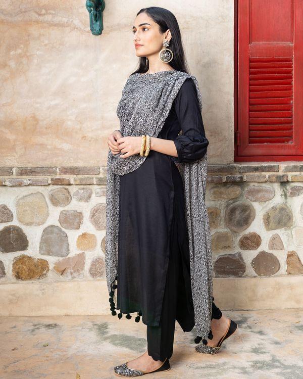 Black solid cotton suit with lurex dupatta - set of three 1