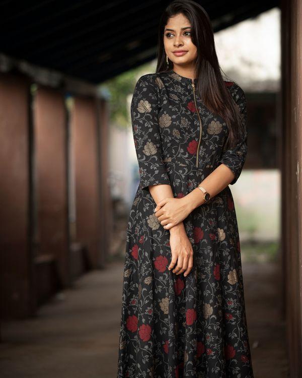 Black rose zipper dress 2