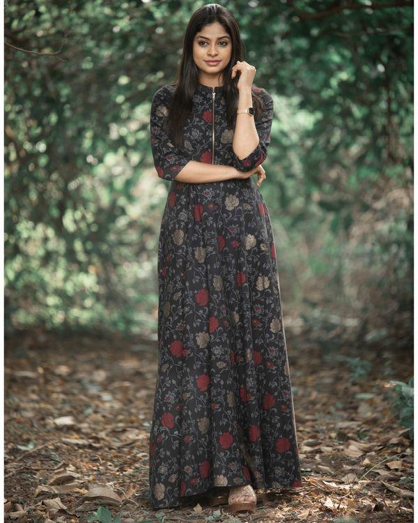 Black rose zipper dress 1