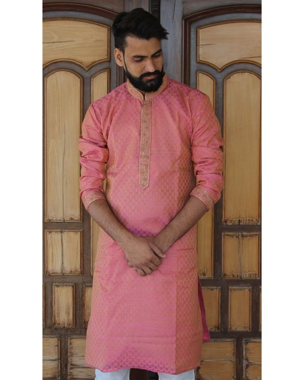 Pink embroidered kurta set - set of two 1