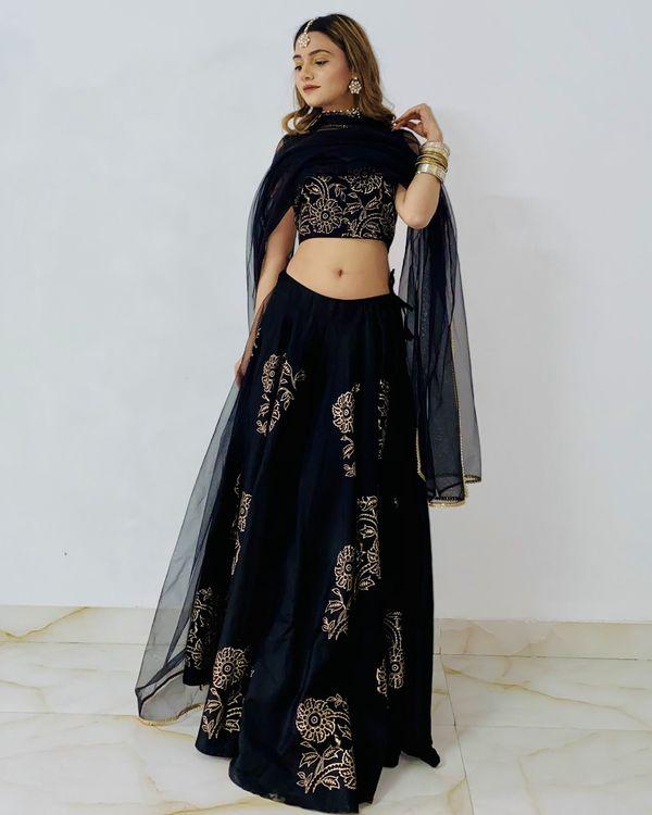 Black jaam silk lehenga with dupatta - set of three 2