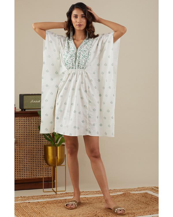Leafy green kaftan dress 2