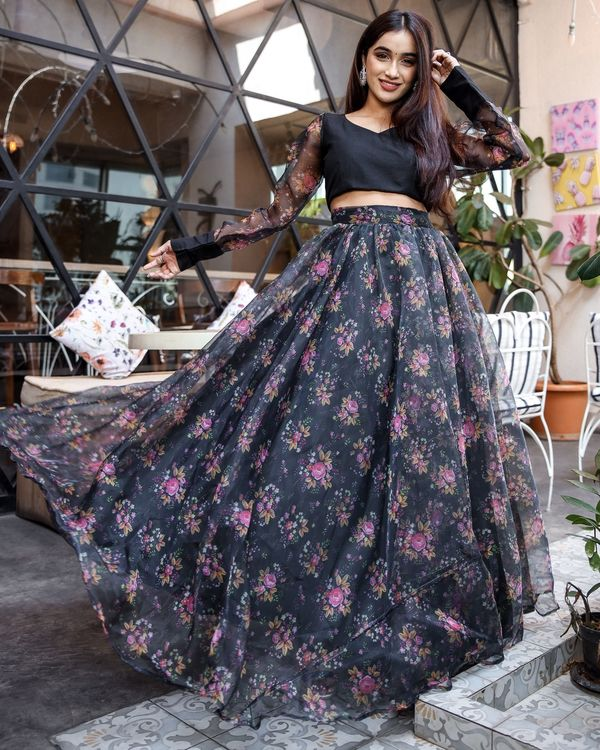 Floral organza lehenga with crop top - set of two 1