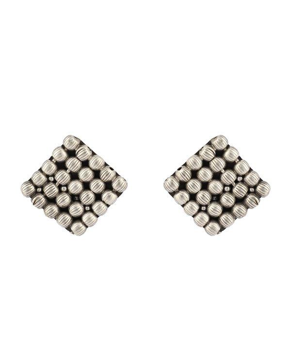 Square pattern studs 2