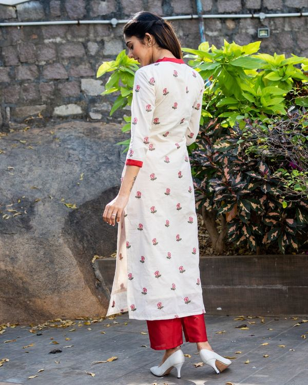Off white rose embroidered kurta with red pants - set of two 2