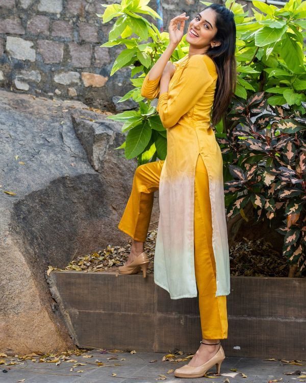 Ombre kurta set with pin tuck detailing - set of two 2