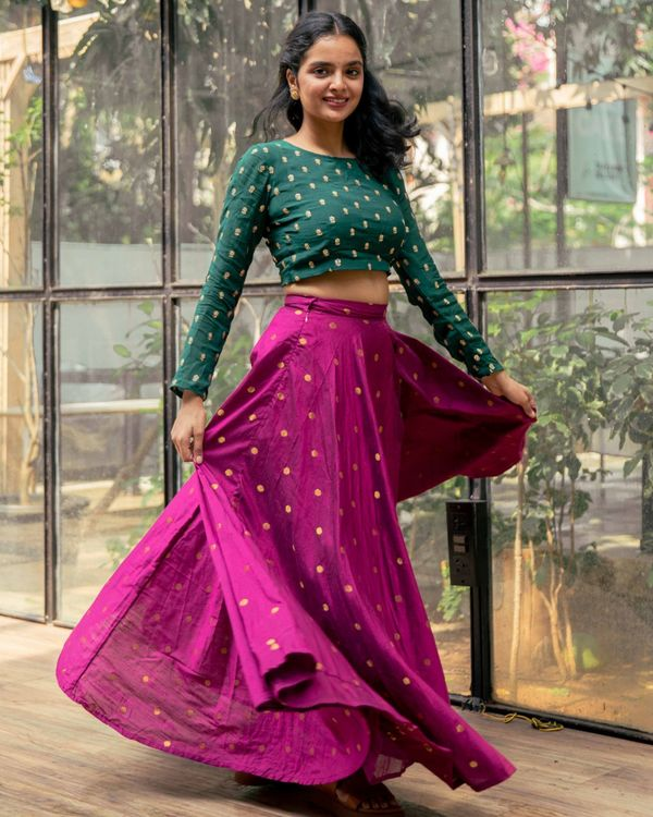 Green embroidered crop top and purple flared skirt - set of two 2