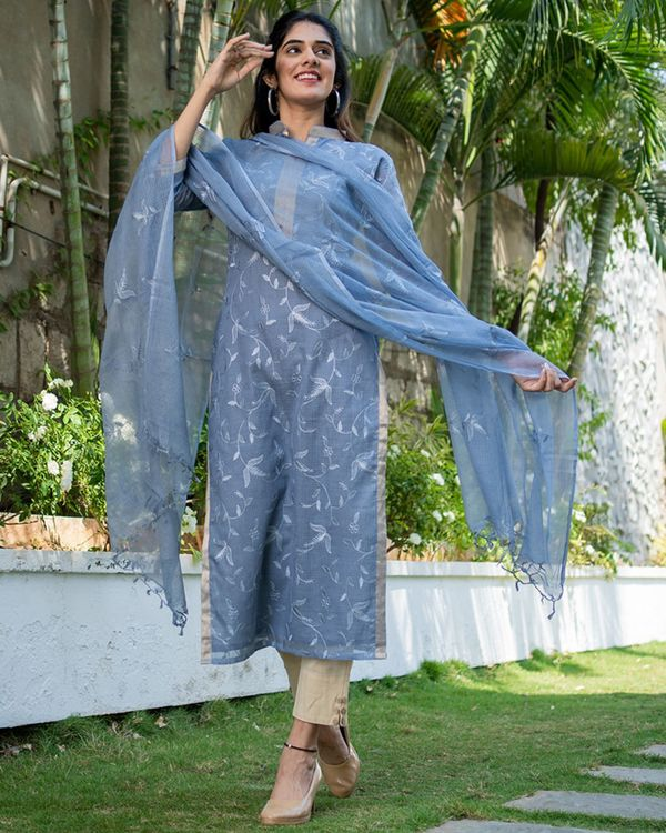 Grey embroidered kurta with dupatta - set of two 2