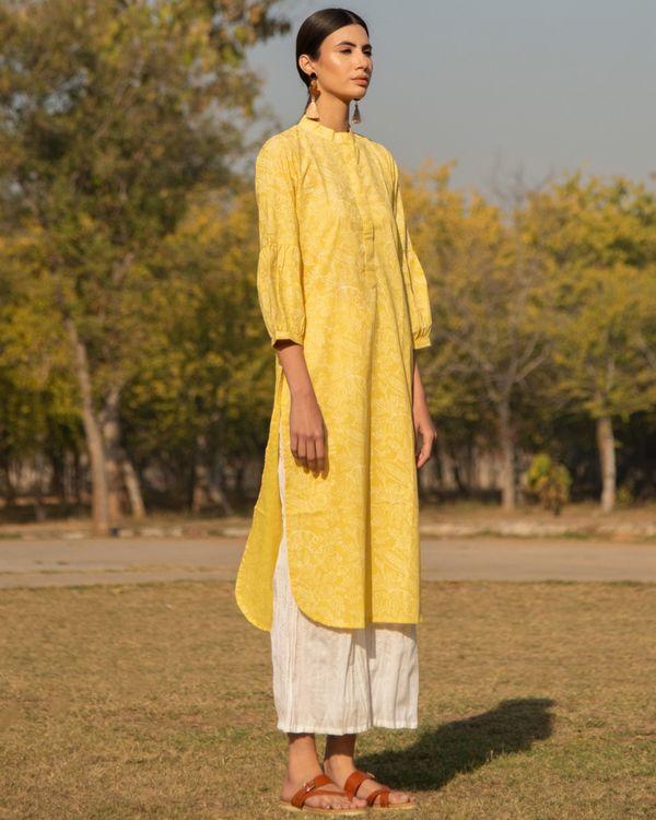 Summery yellow kurta set - set of two 2