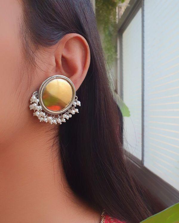 Full moon pearl earrings 2