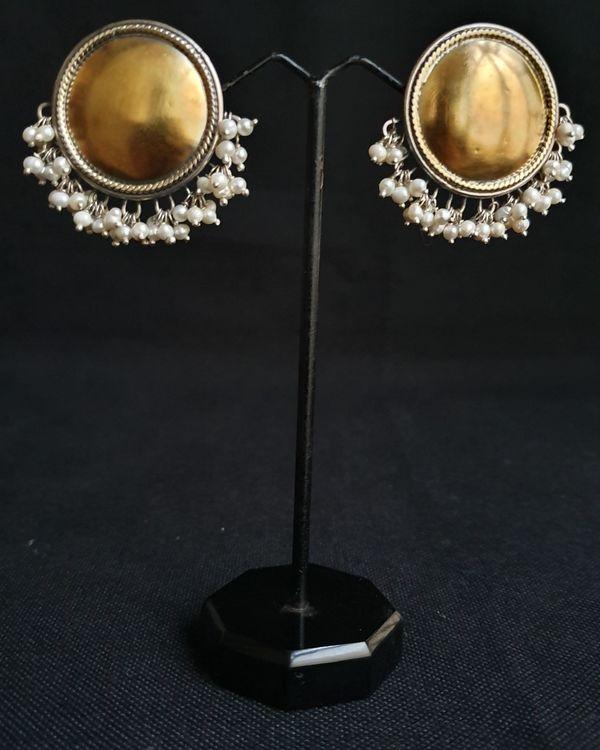 Full moon pearl earrings 1