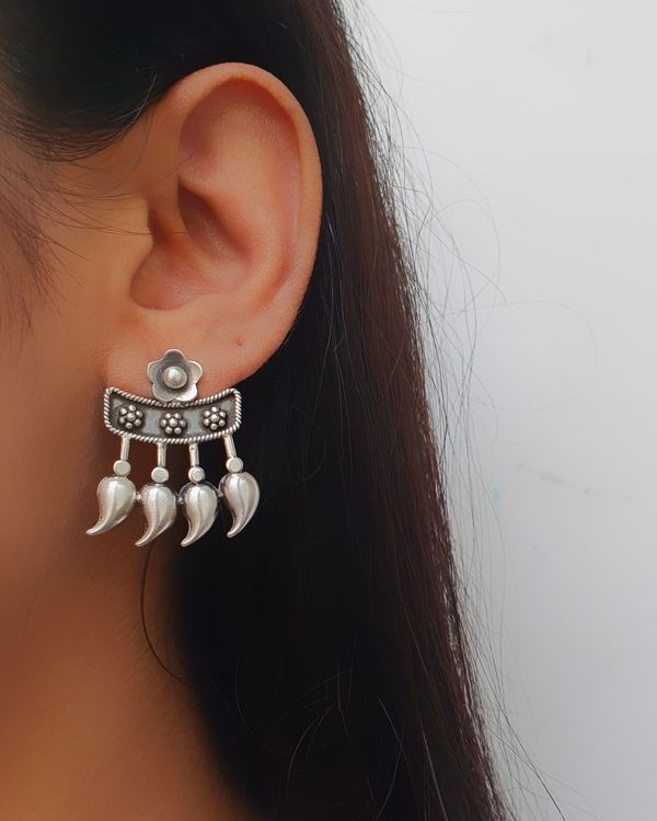 Floral earring  1
