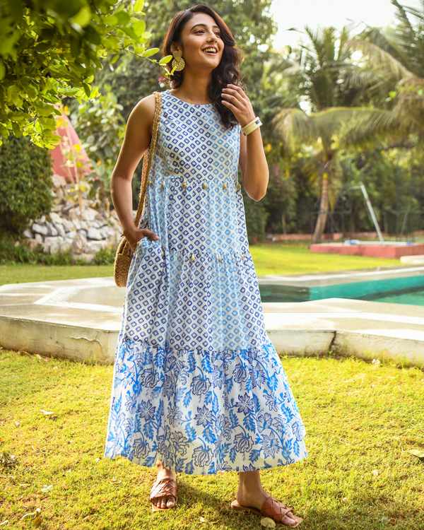 Blue printed tiered maxi dress 2