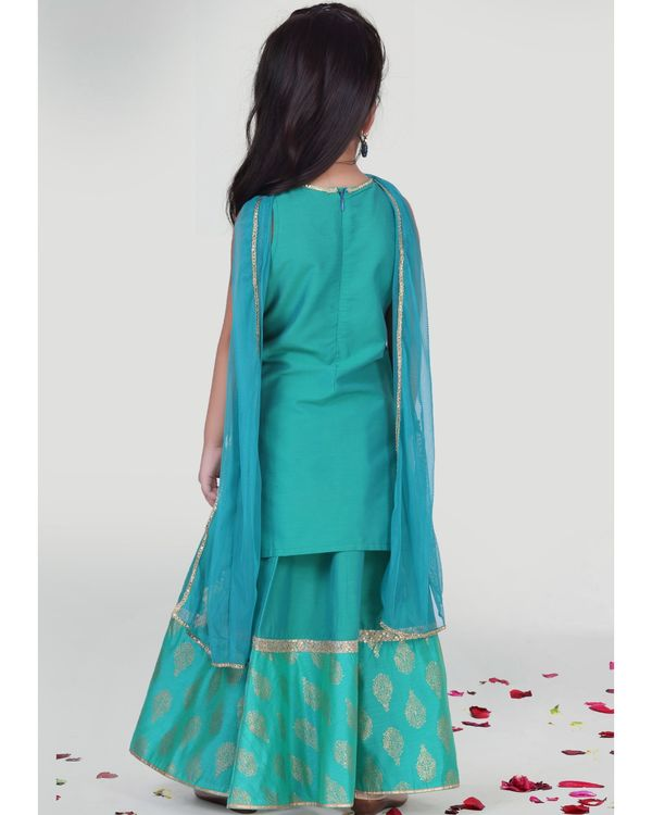 Aqua green kurta with skirt and dupatta - set of three 2