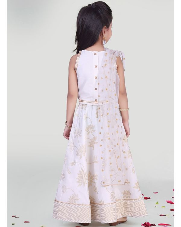 White choli and skirt with dupatta - set of three 2