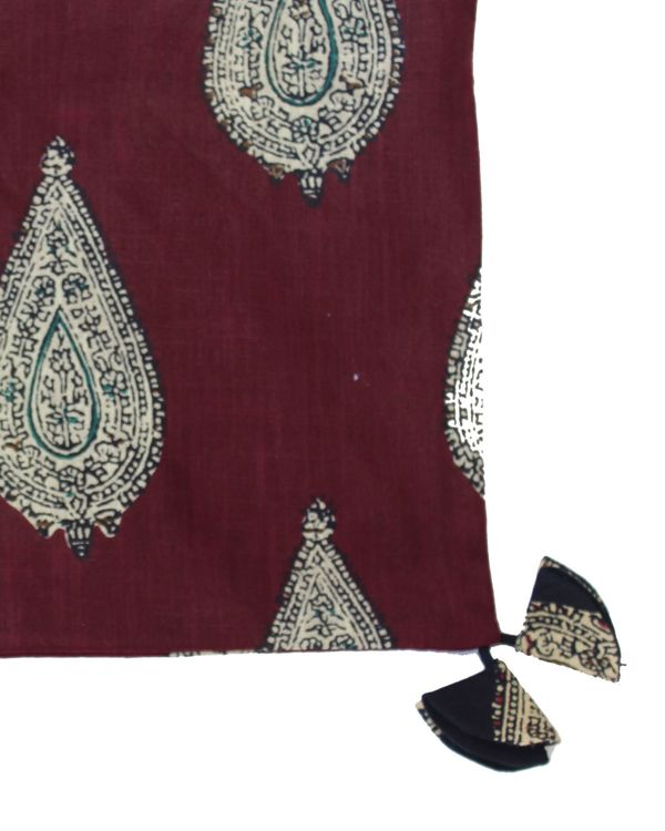 Red kalamkari paisely printed cushion cover - set of two (small) 1