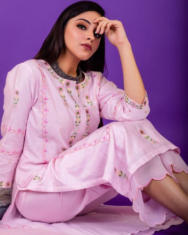 Pink hand emboidered chanderi silk kurta with silk palazzo and organza dupatta - set of three 2