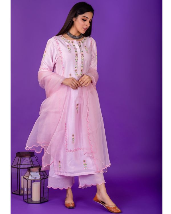 Pink hand emboidered chanderi silk kurta with silk palazzo and organza dupatta - set of three 1