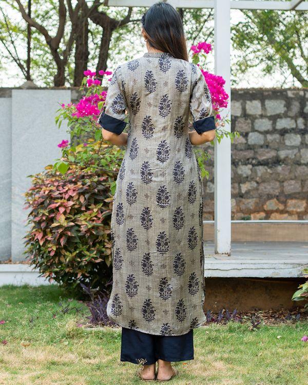 Blue and grey boota printed kurta with pants - set of two 5