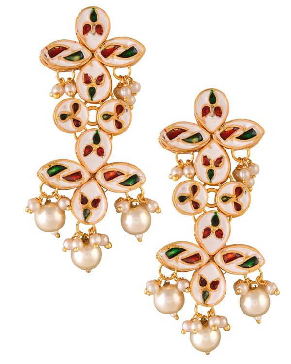 Tiered kundan and pearl drop earrring 2