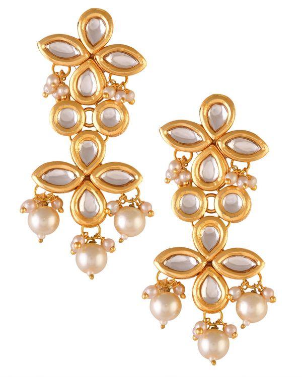 Tiered kundan and pearl drop earrring 1