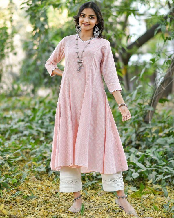 Pink jacquard cotton anarkali kurta set - set of three 2