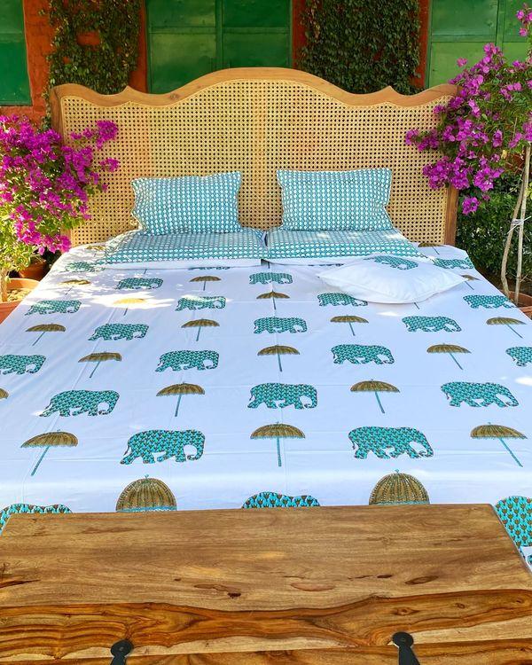Chhatri & haathi square and lumbar cushion covers - set of 4 1
