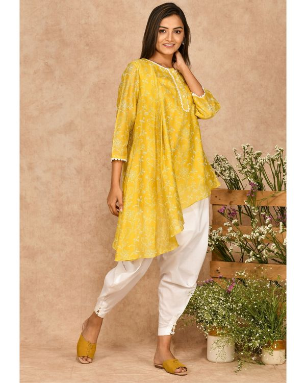 Yellow hand block printed asymmetrical kurta with dhoti pants - set of two 1